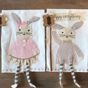 MUD PIE Bunny Dangle Leg Kitchen Towels